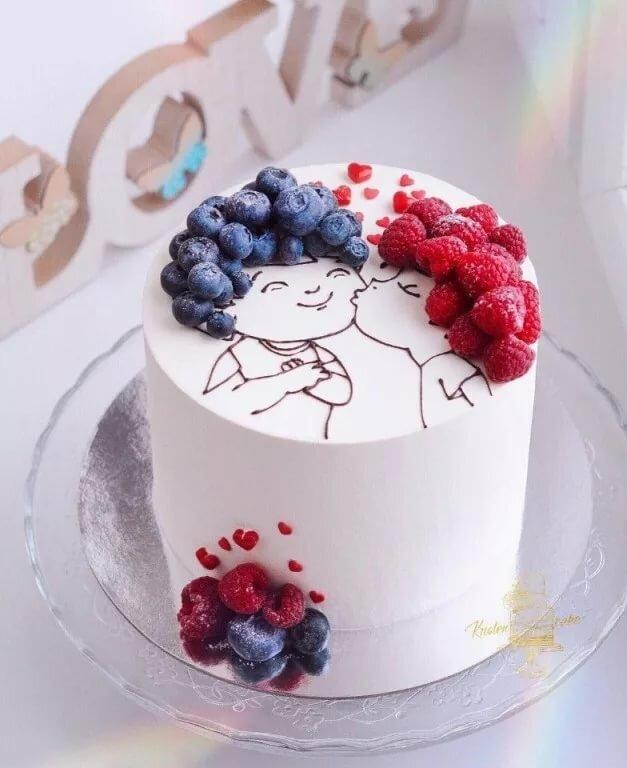Картинка на торт из шоколада с волосами из ягод найдёте