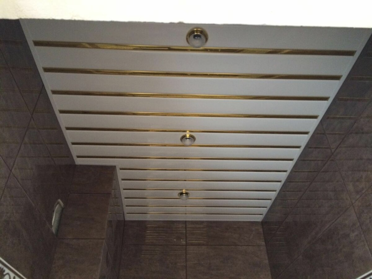 Реечный потолок №89