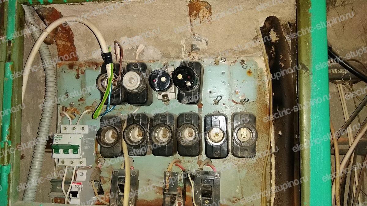 Замена пробок на автомат в этажном щитке квартиры в Ступино