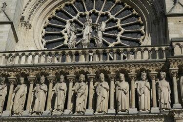 собор парижской богоматери (нотр-дам) скульптура