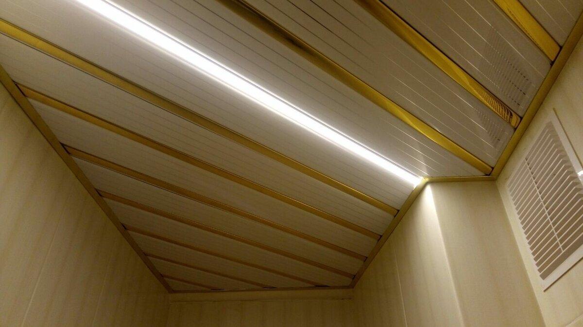 Реечный потолок №52