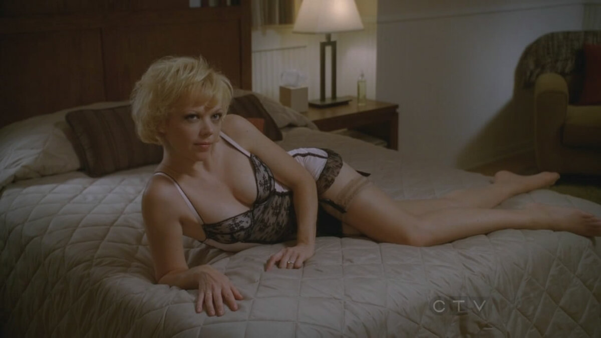 Emily bergl nudity