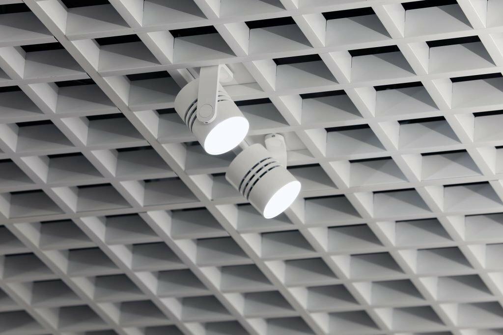 Потолок грильято фото №26