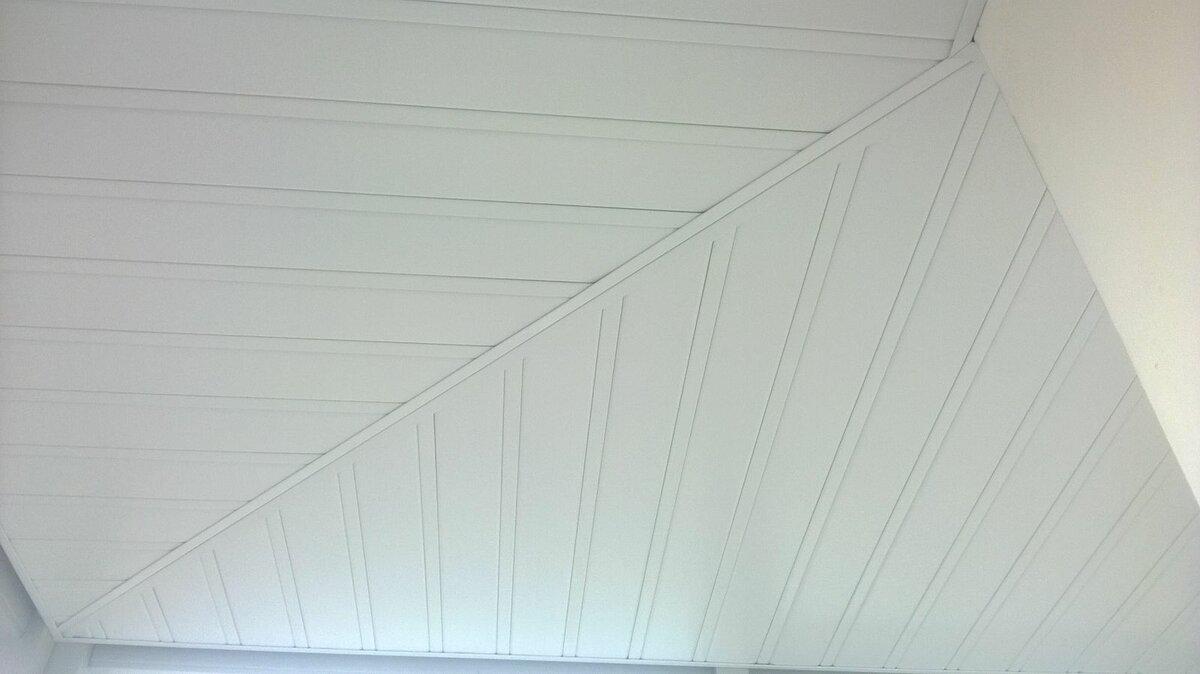 Реечный потолок №77