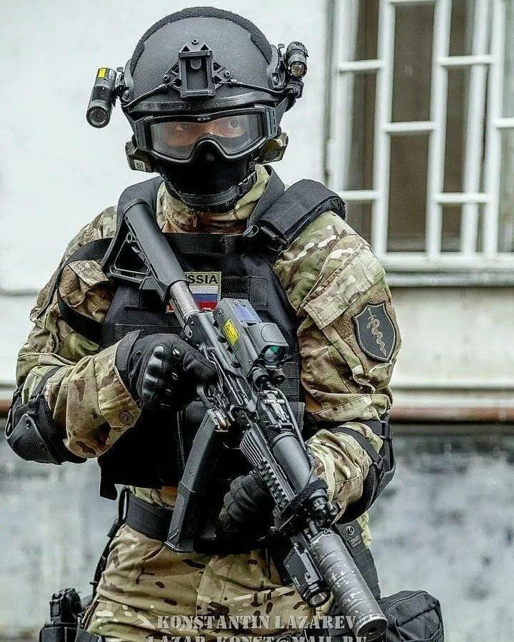 любитель люди в масках спецназа альфа фото приготовили