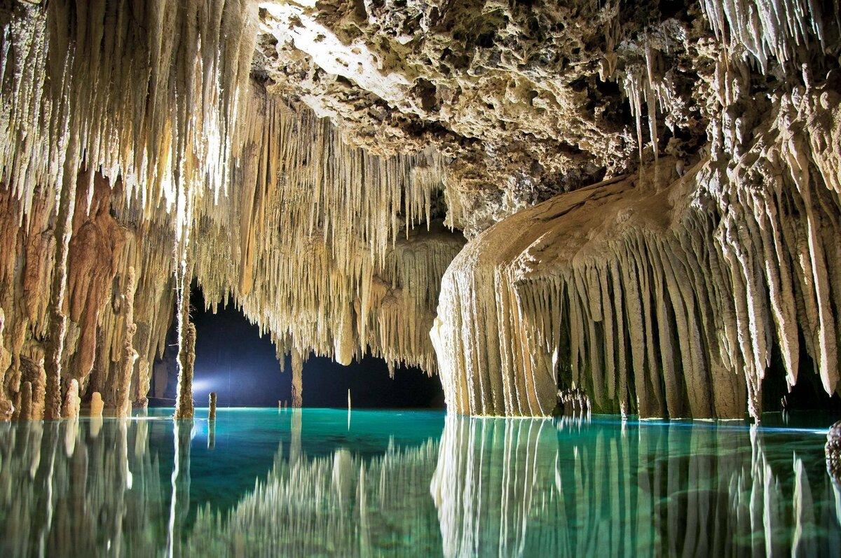 Самые красивые пещеры мира фото смотреть