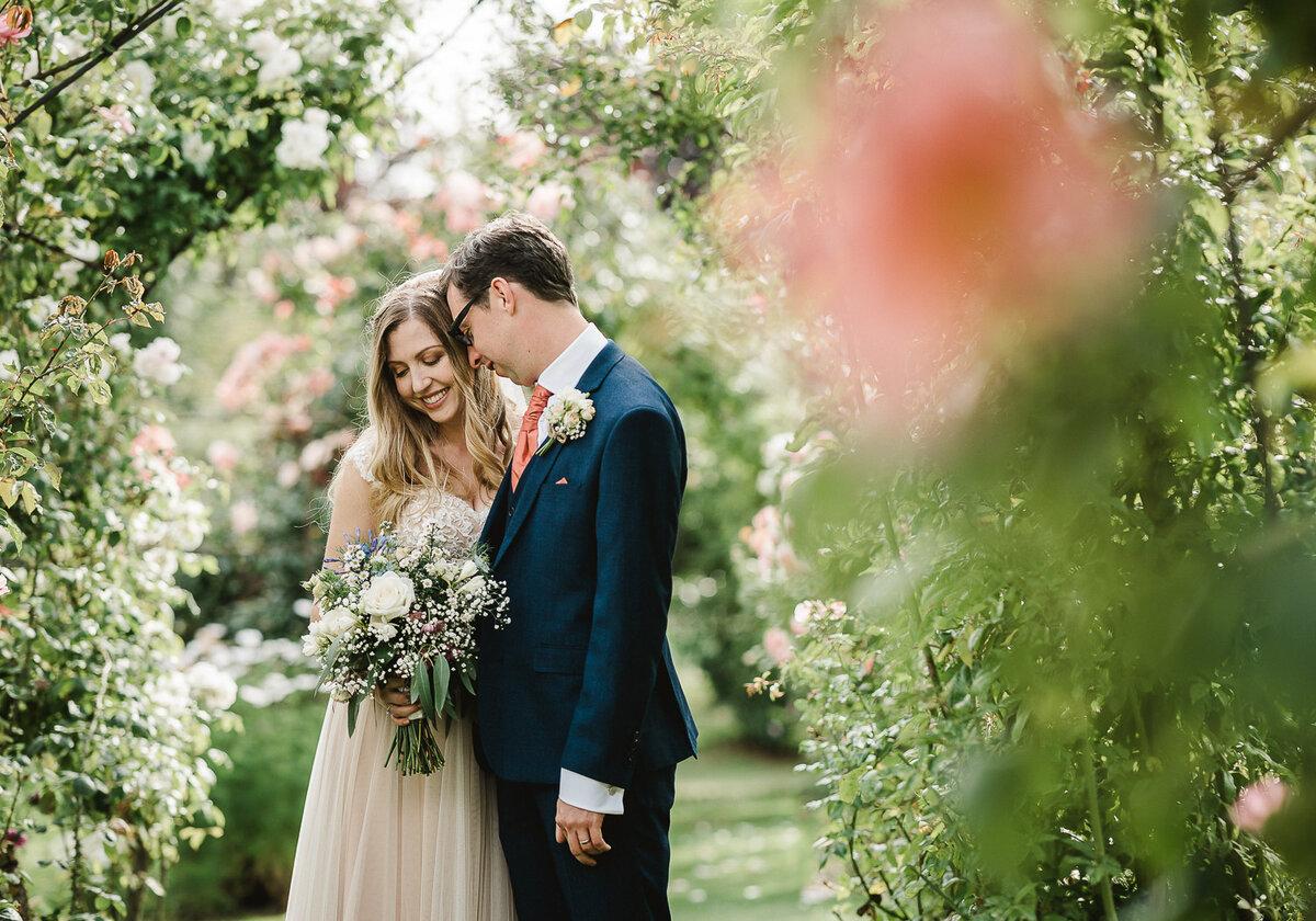 наоборот, защищают красивая свадебная фотосессия летом сомневается, что мужу