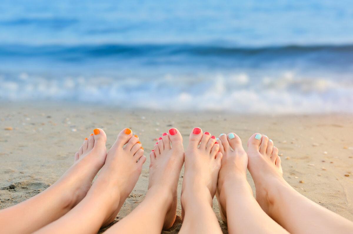 Картинки пляж и моря с ногами