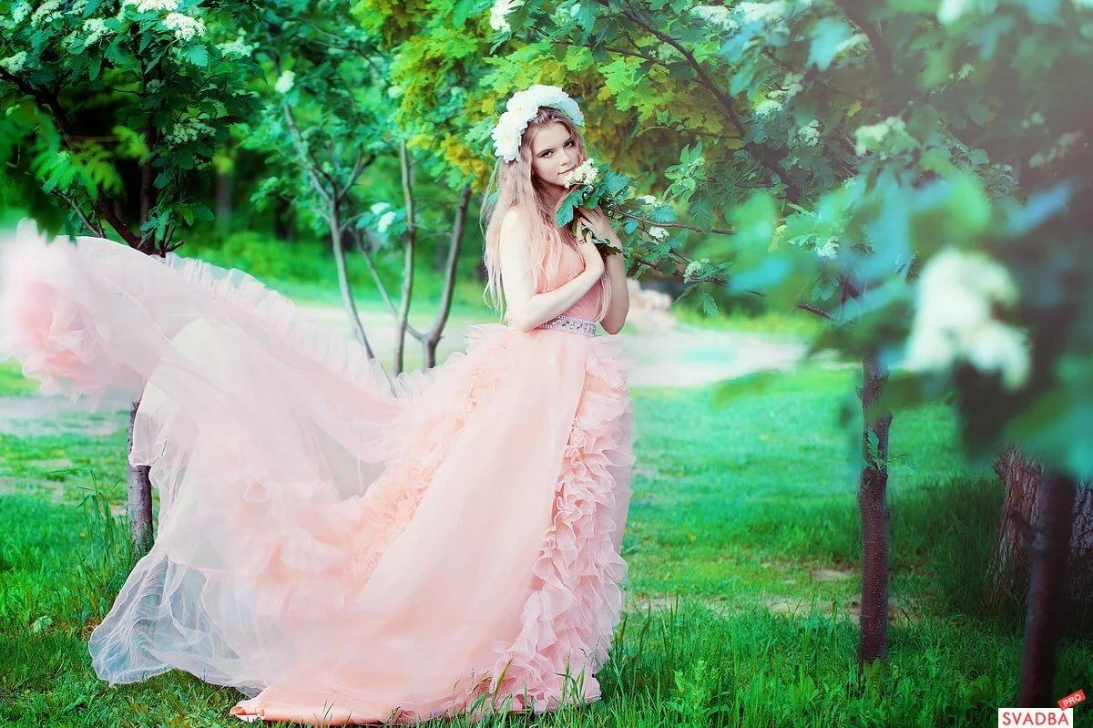 реквизит для свадебной фотосессии весной в парке погребняк похвасталась