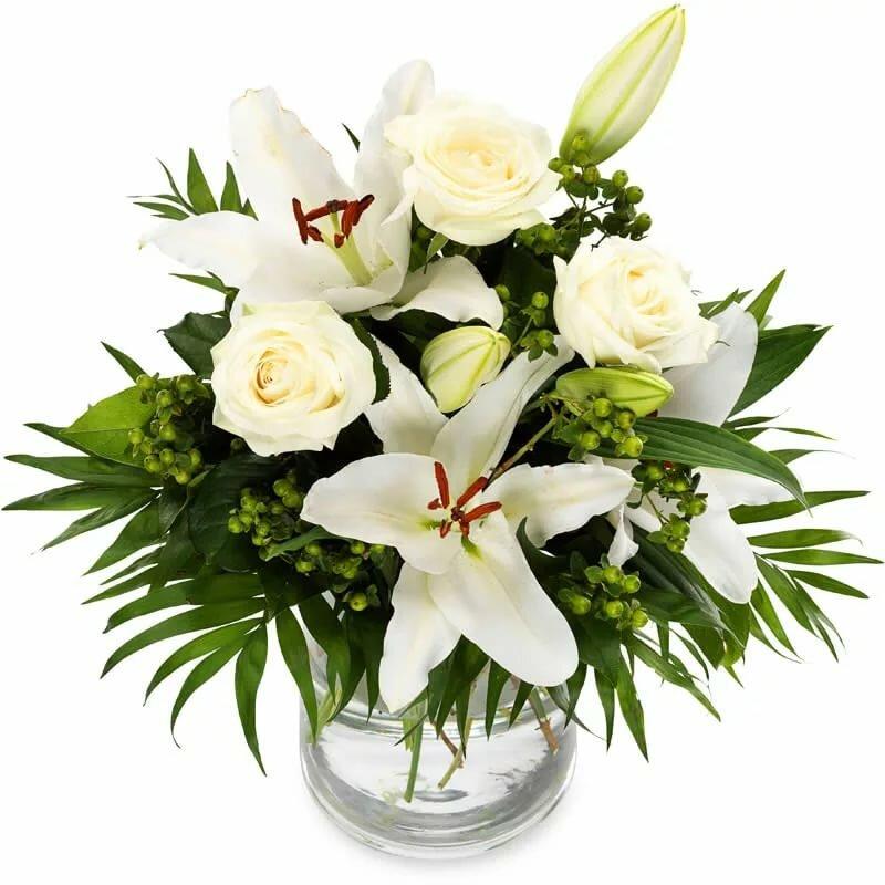 сегодня пекла красивые букеты белые лилии с розами картинки маленькой кухни лучше