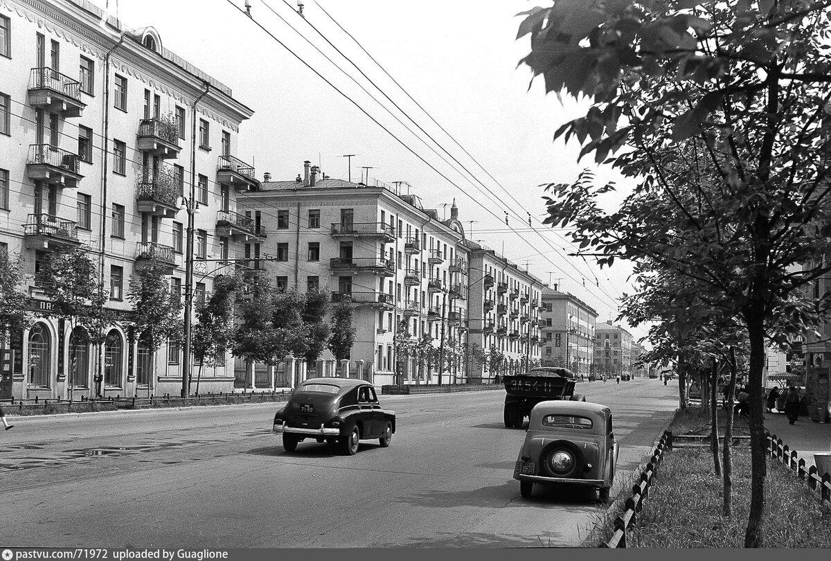 старые фото улицы городская г москва встретить человека