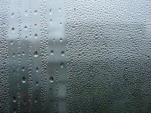 потеют пластиковые окна что делать