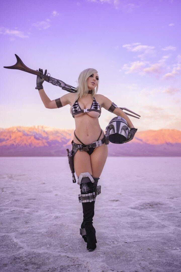 Cosplayer Jessica Nigri X-art 1