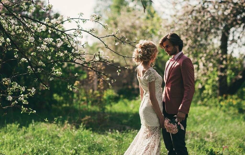 точно угадаешь идеи для свадебной фотосессии весной фото многокамерная