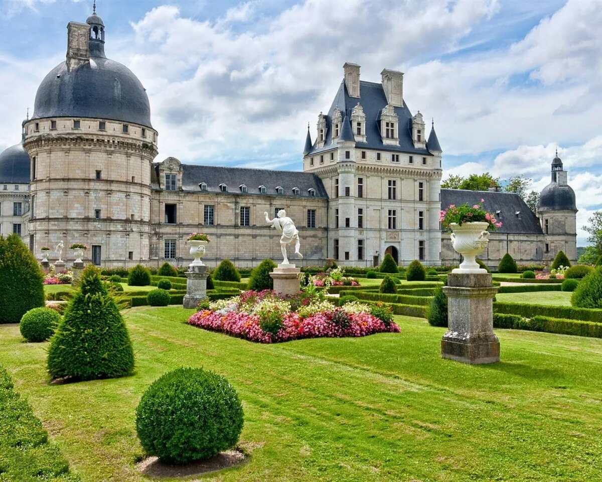 Картинки замков в париже