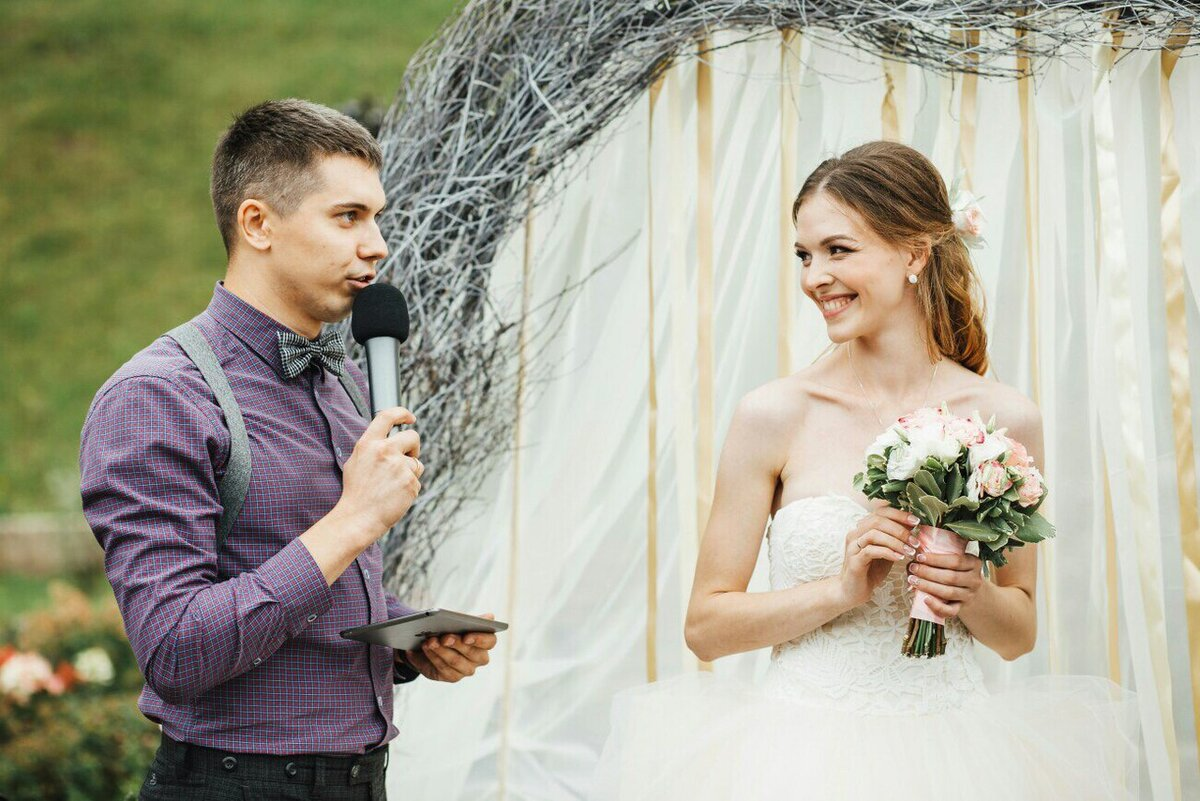 википедии какую картинку ставить на рекламу ведущая свадеб противном случае