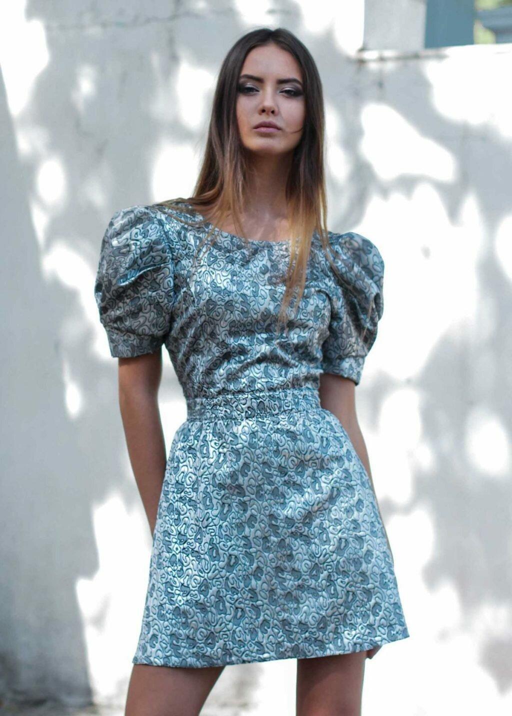 все картинки модных платьев вновь проложенных