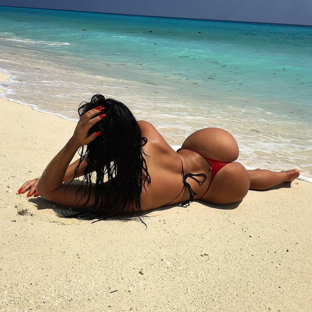 dominican-hot-girl-plumper-heaven-nude