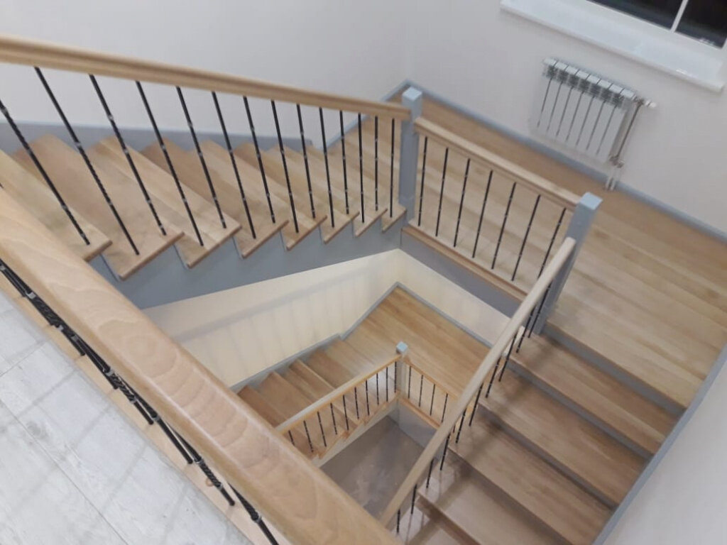 Красивые входные лестницы в дом фото крыльцо растет