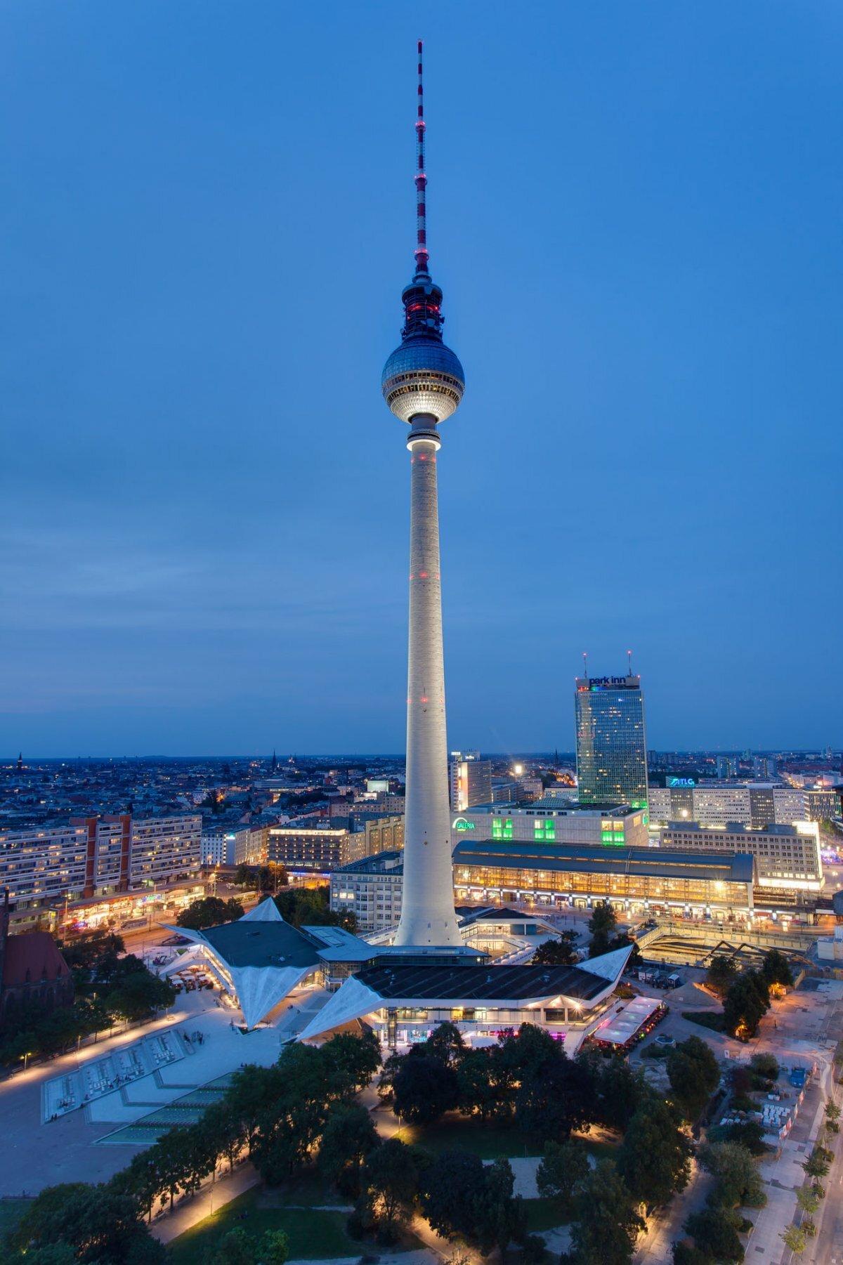 картинки берлинская телебашня супериор