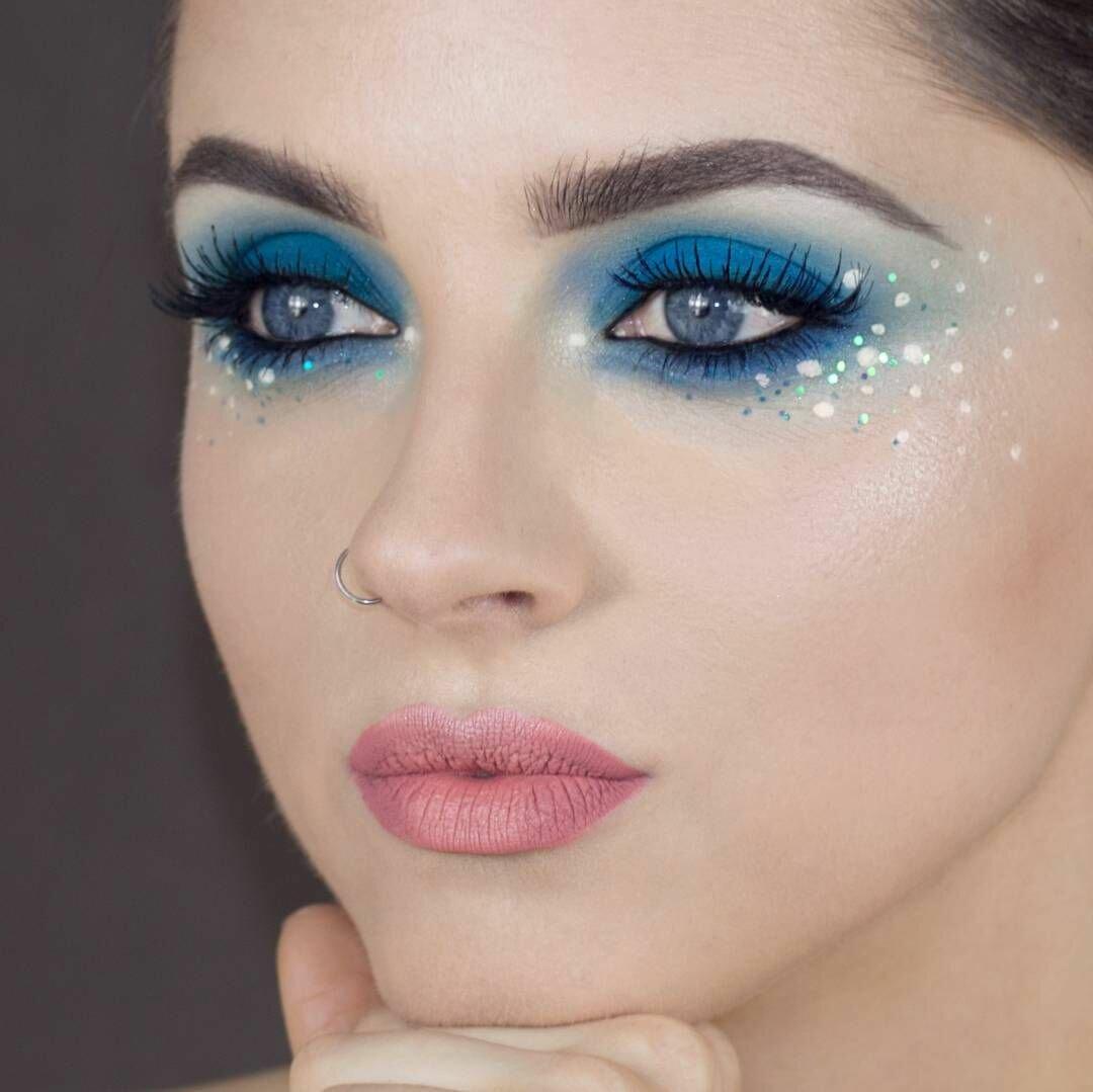 диагноз картинки макияжа под синее платье лариса оказалась именно