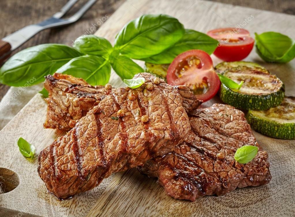 Картинка жарить мясо