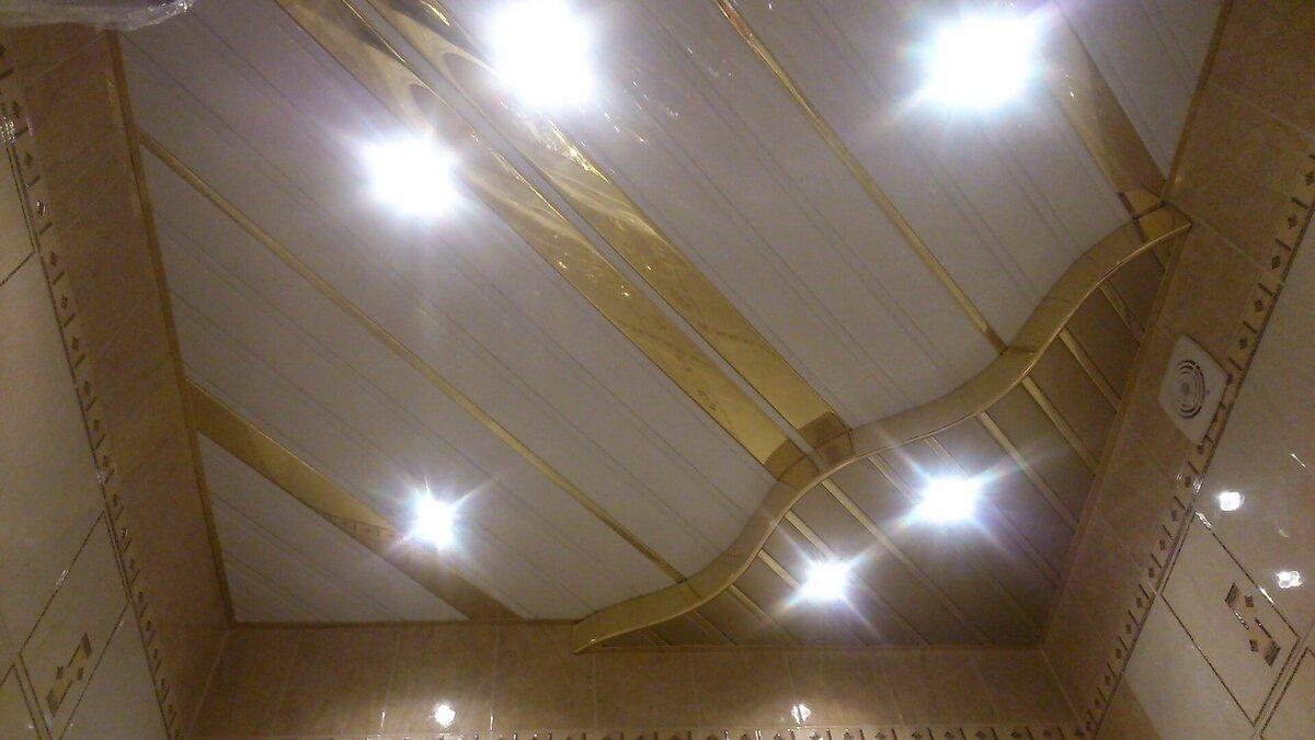 Реечный потолок №114
