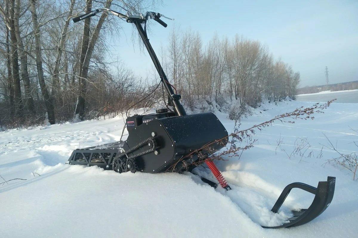 Детский снегокат с мотором