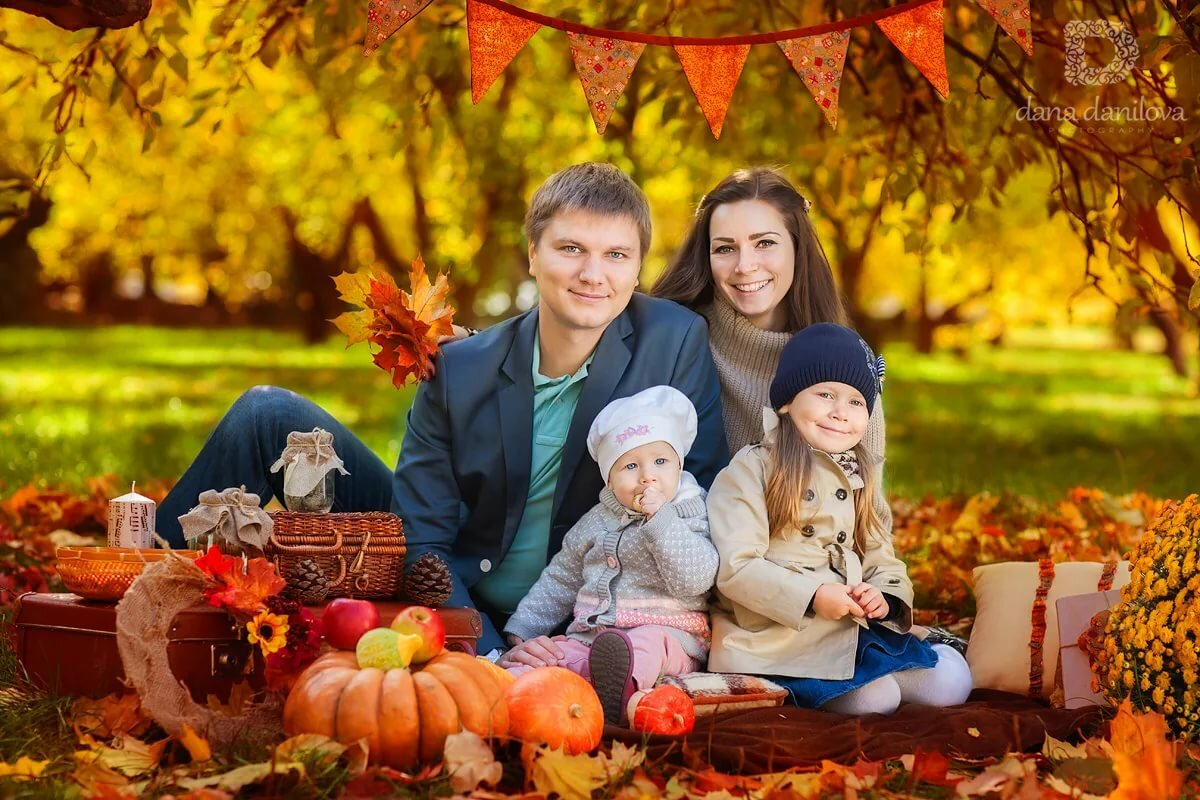 Картинки семьи осенью