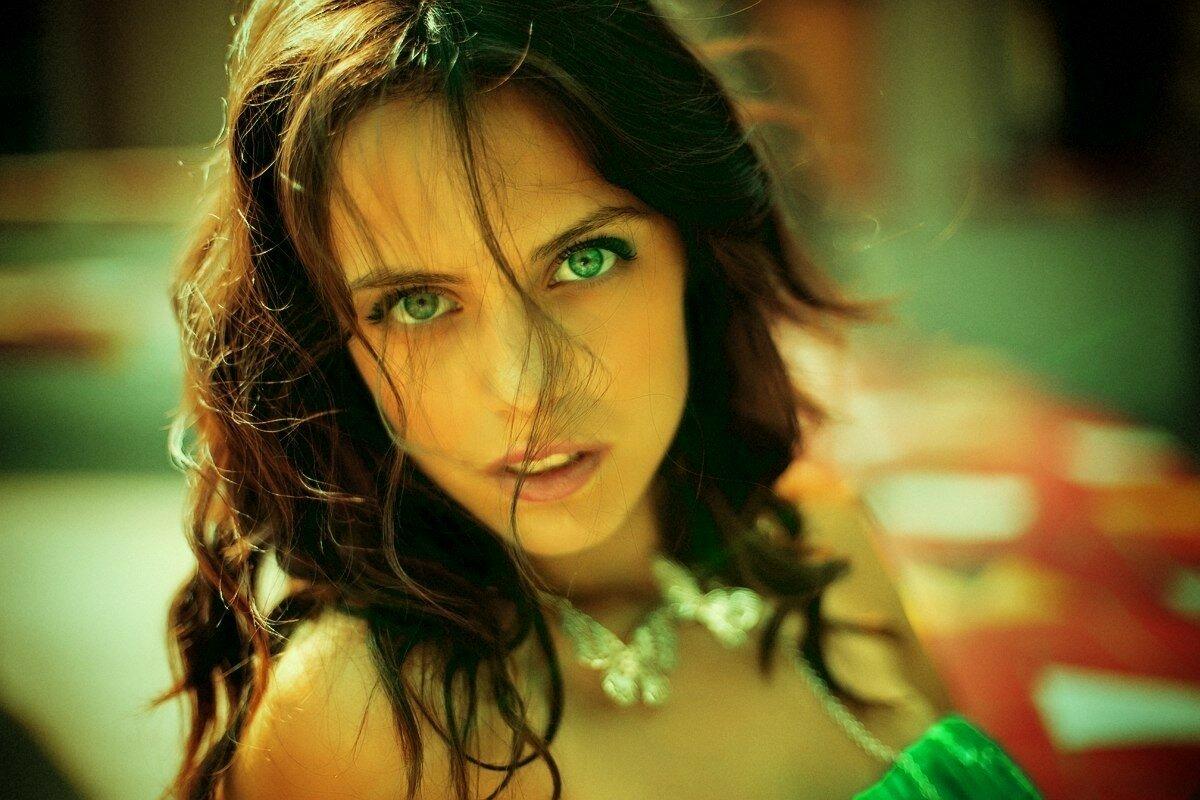 Картинка любви глаза зеленые