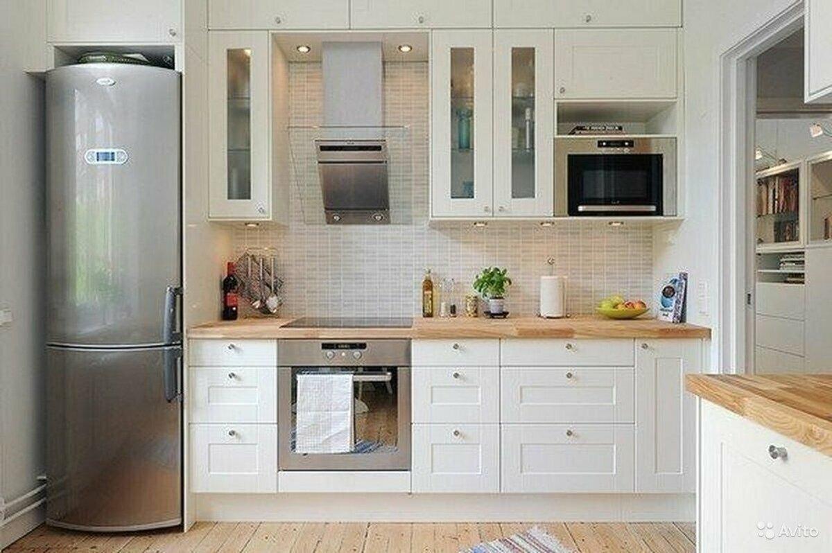 Кухня с холодильником в картинках