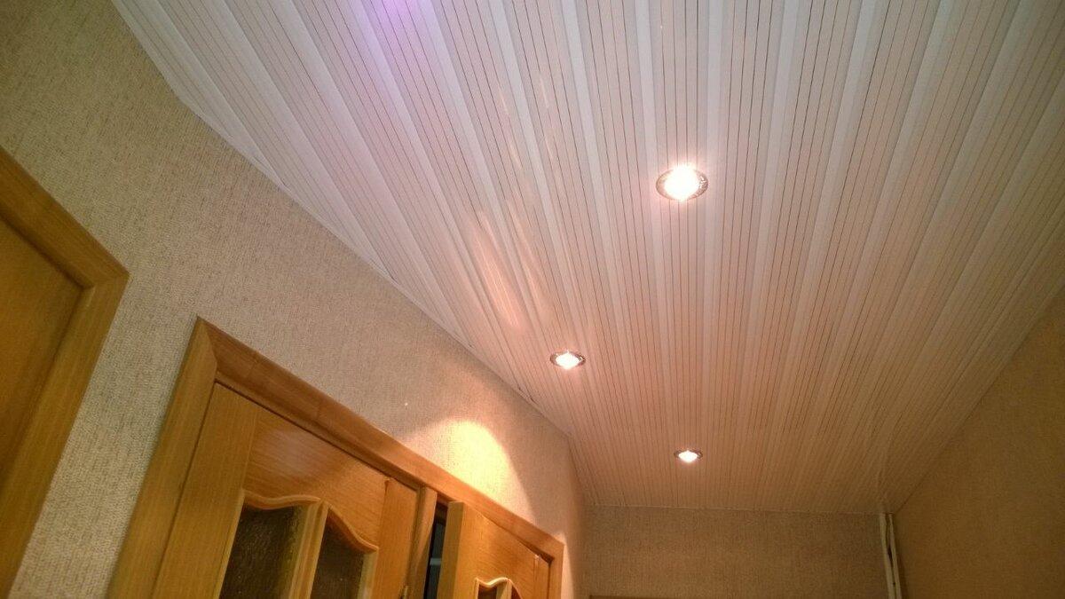 Реечный потолок №79