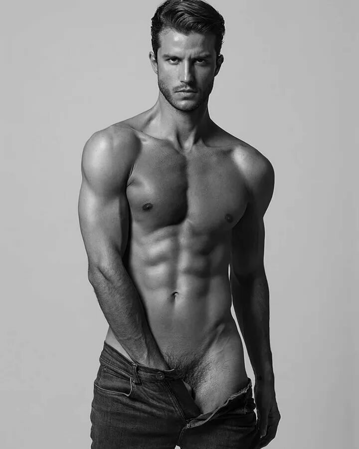 Sexy naked male supermodels