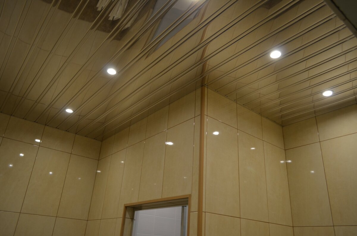 Реечный потолок №59