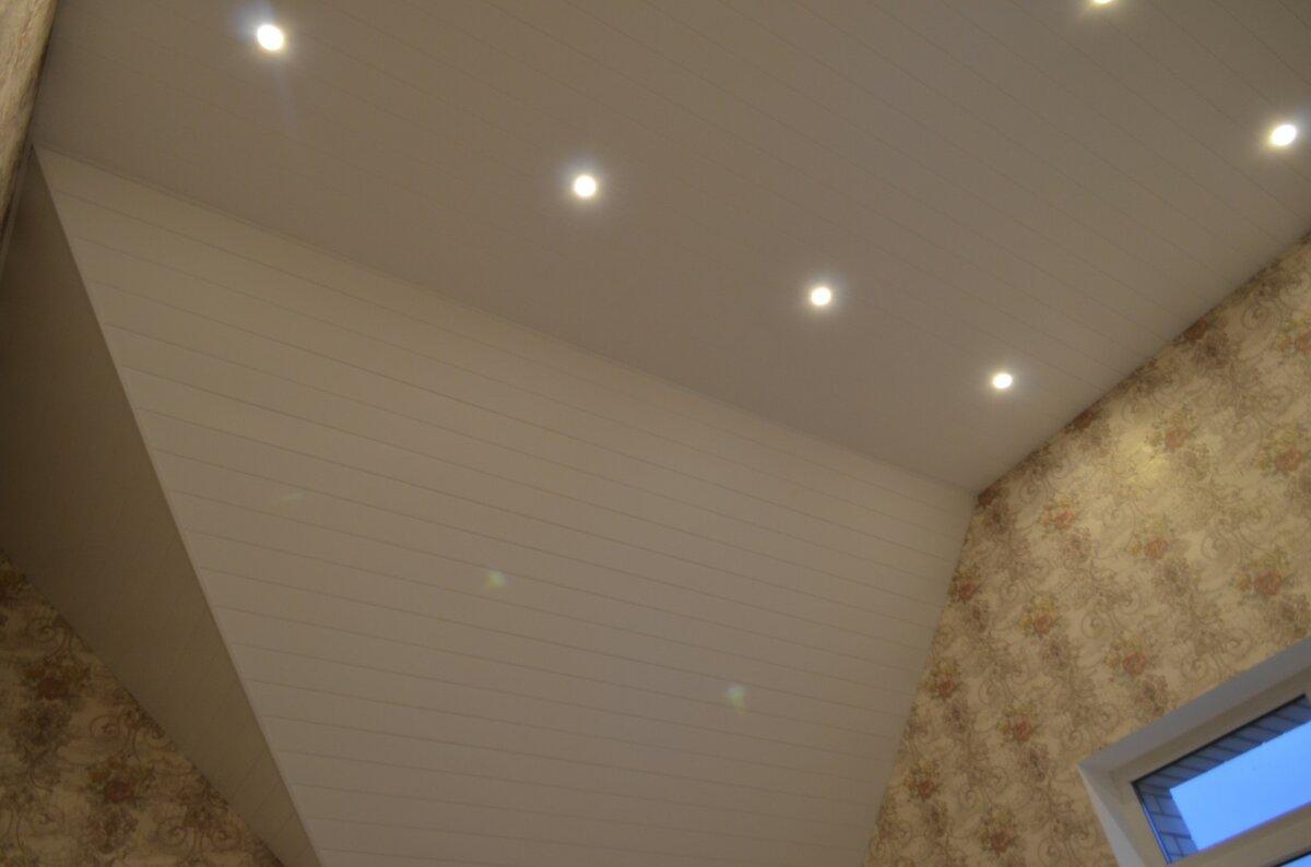 Реечный потолок №33