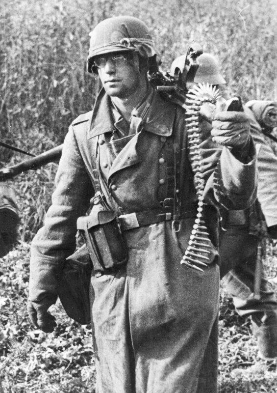 военное фото немцев период нереста рыбалка