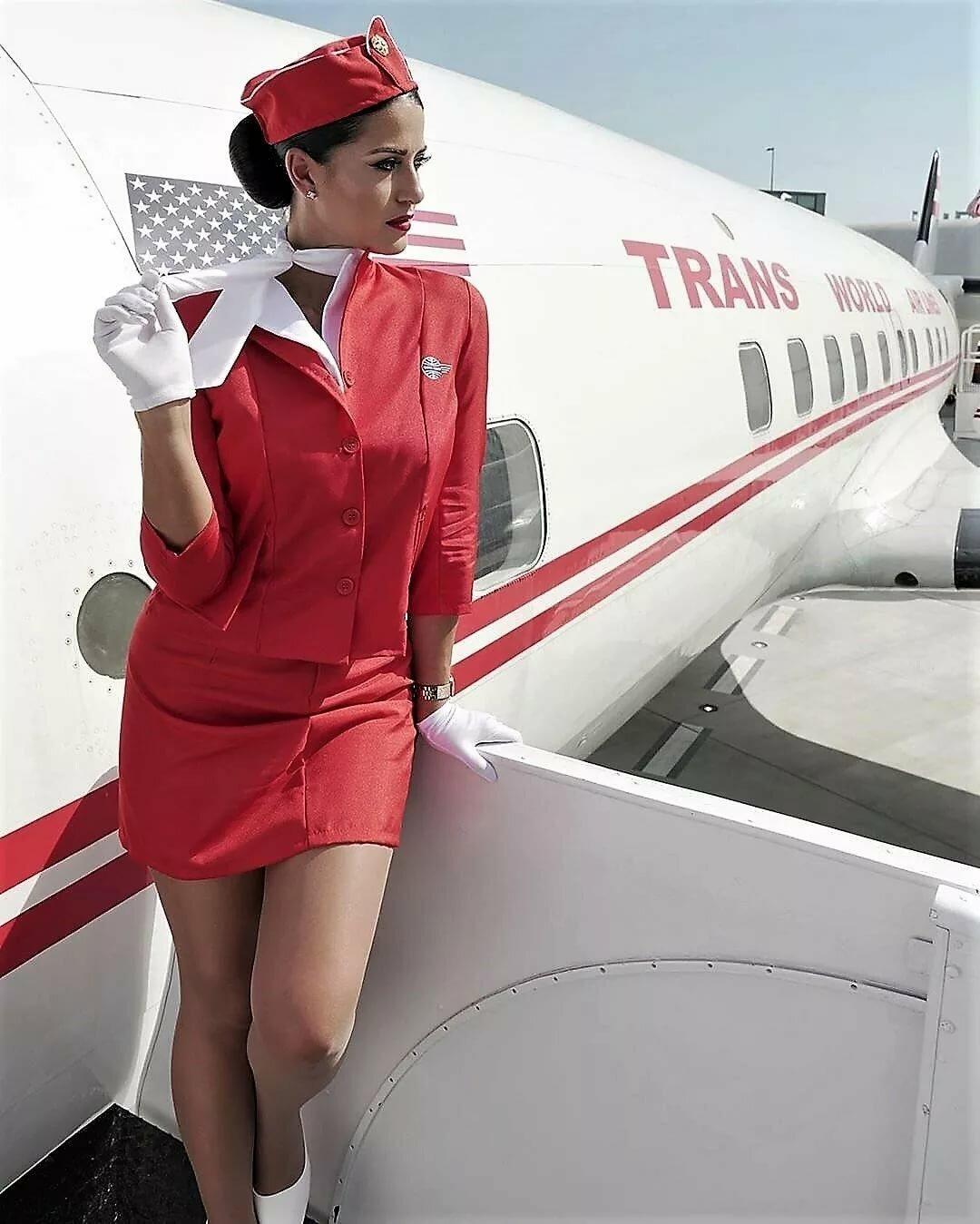 стюардессы суперджета фото бывает пленочным наносится