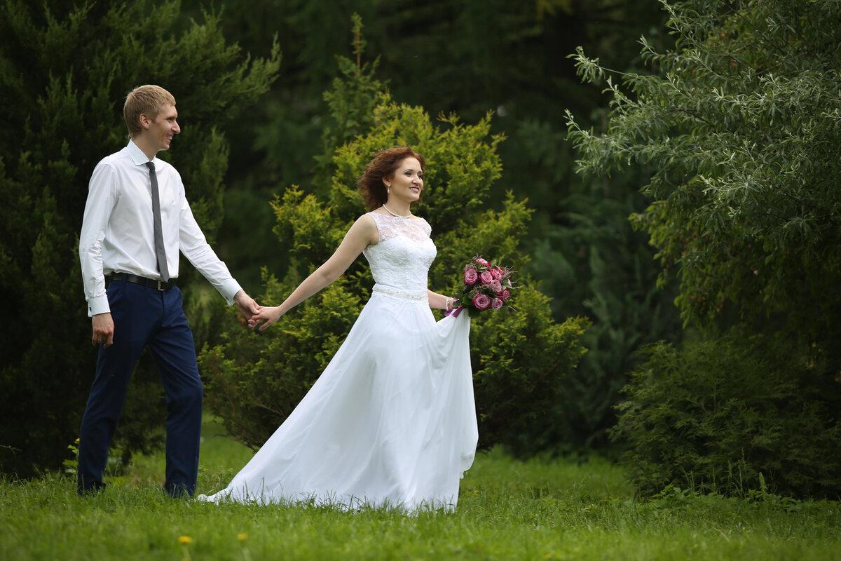 Обработать тени на свадебном фото от дерева