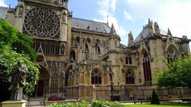 собор парижской богоматери северный фасад