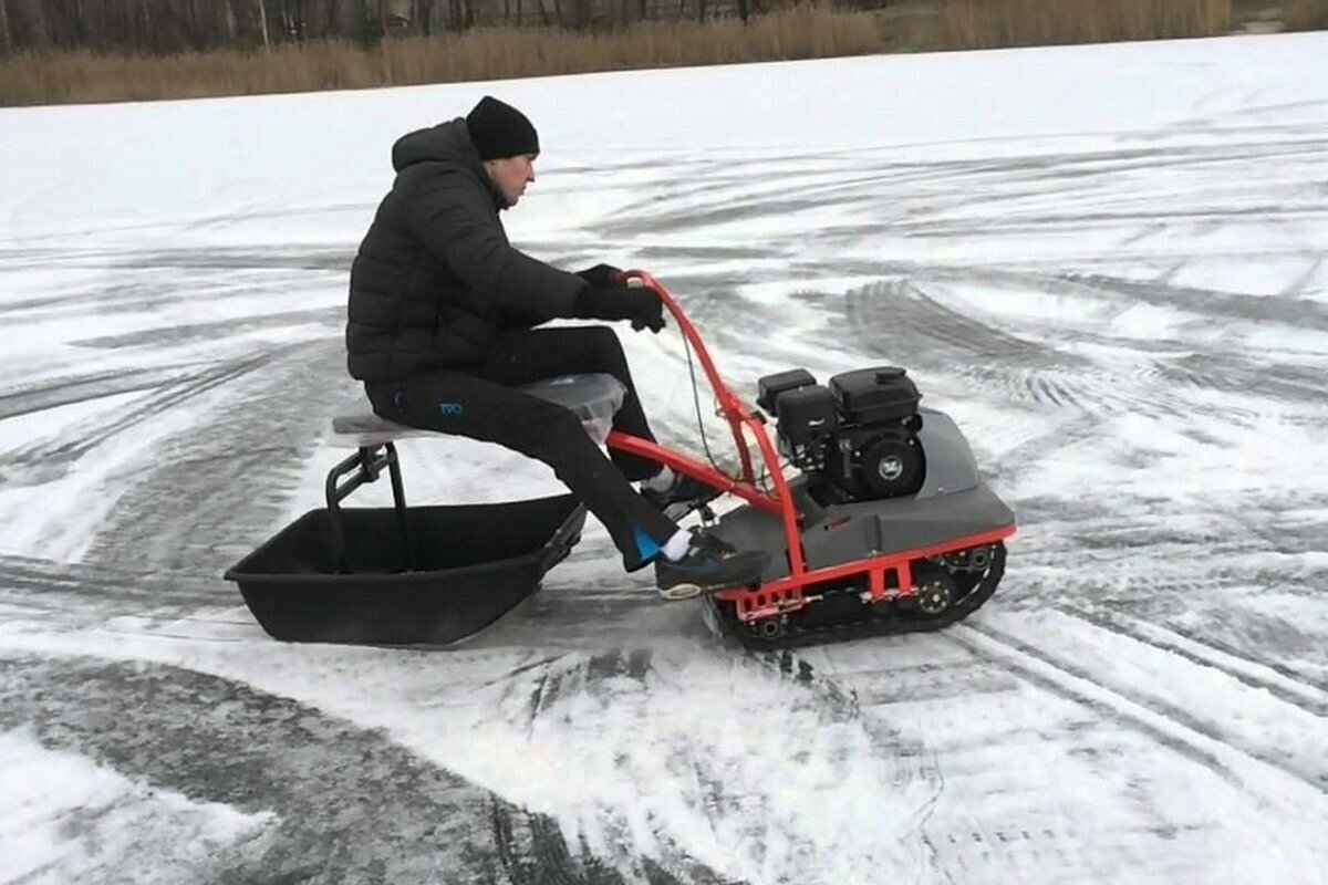 Буксировщик-снегоход Ёрш для зимней рыбалки