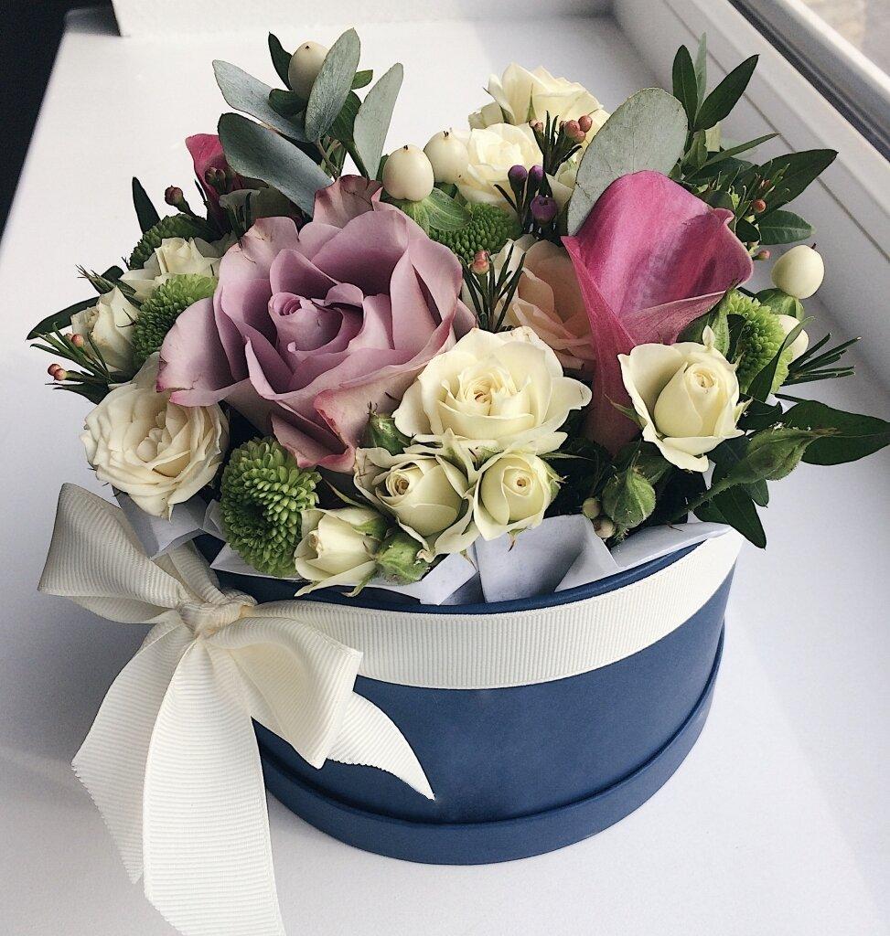 красивые букеты цветов в коробке картинки