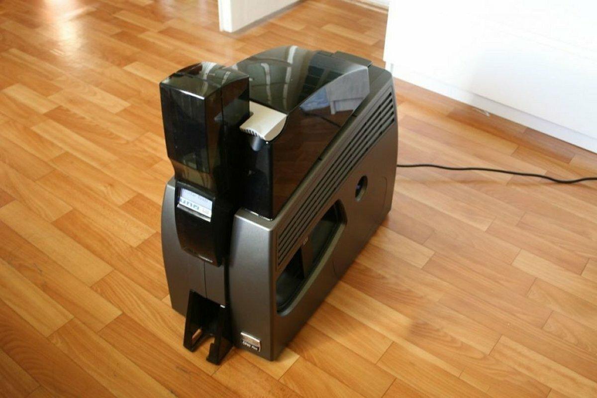 Карт-принтер DataCard