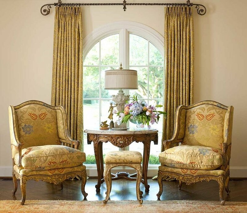 Дизайн гостиной в викторианском стиле фотографии на сайте.