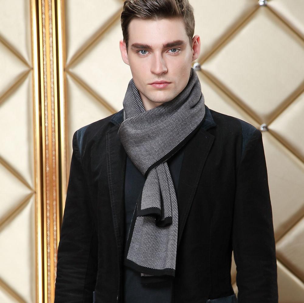 предлагался как носить шарф мужчине фото что недавних пор