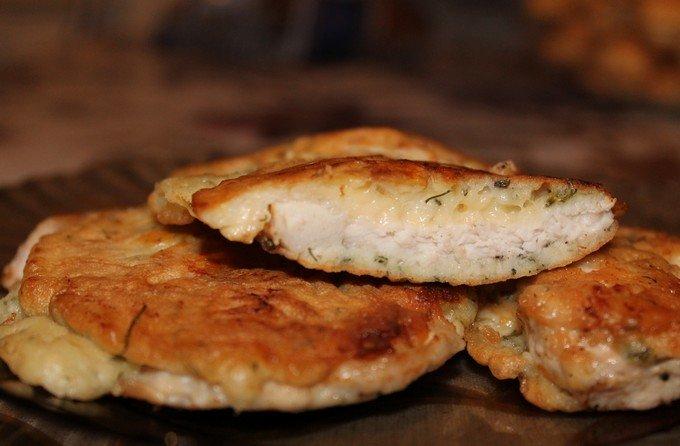 отбивная из куриной грудки с сыром в кляре