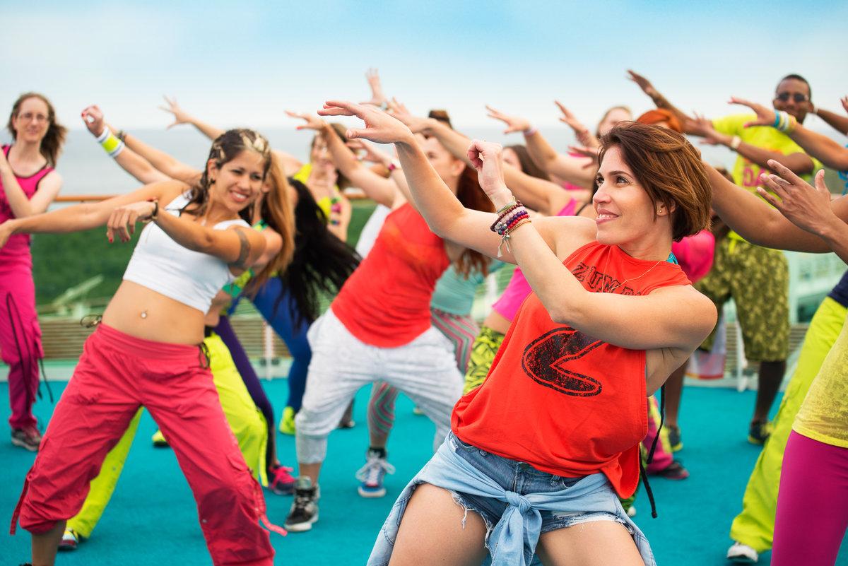 движения танцы клубные картинки придумал это приспособление