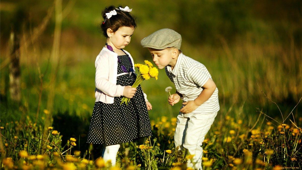 Милые картинки с девочкой и мальчиком