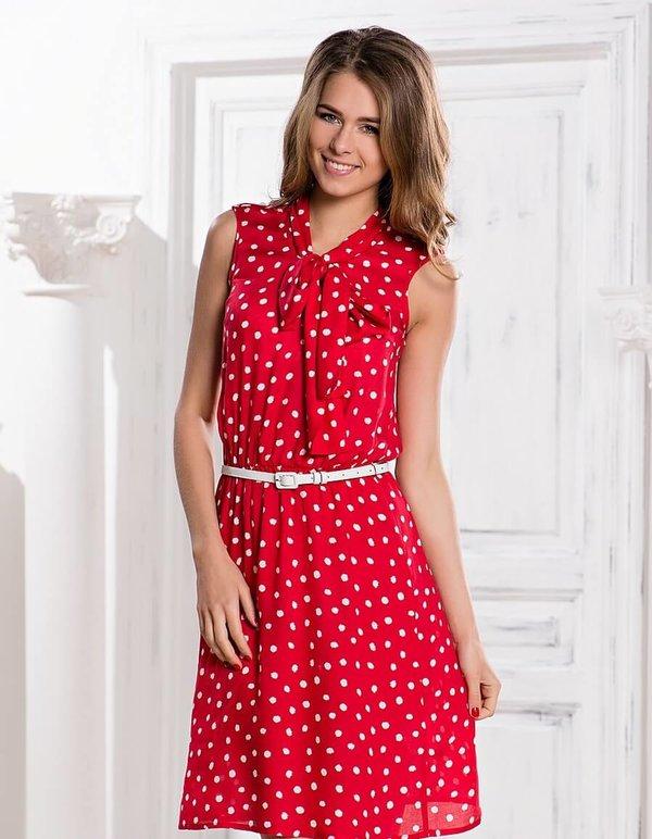 Если обратить внимание на принты, то наиболее подходящим повседневным  вариантом на лето будет платье в 5f386aafdc9