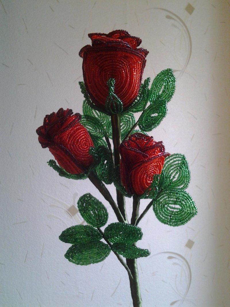 фото из бисера роза