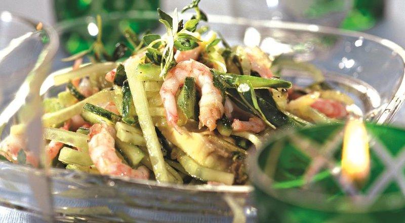 Рецепт салата с авокадо, криветок, мидий - с фото